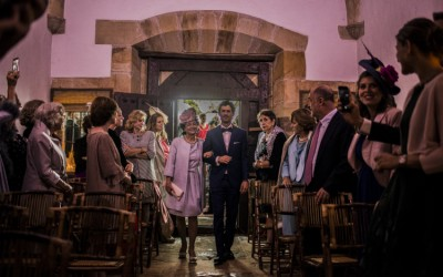 alba_loan_wedding_photo_bodajudia_boda_novio_pajarita_fotografomadrid_lightoffeathers-389